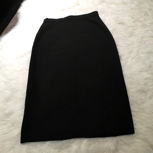 *Free with Purchase* Form fitting pencil skirt